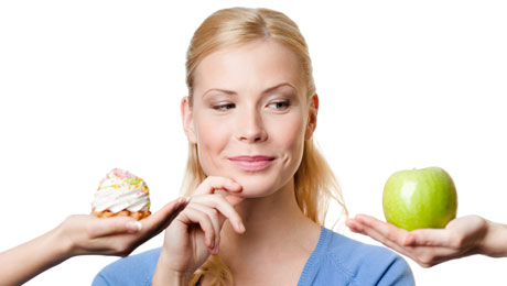 """Δίαιτα: Υδατάνθρακες ή λιπαρά - Τι να """"κόψετε"""";"""