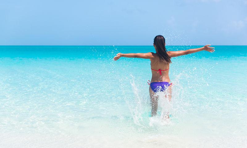 Καντιντίαση από βρεγμένο μαγιό το καλοκαίρι: Με ποια συμπτώματα εκδηλώνεται;