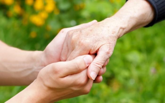 Σκληρόδερμα: Τα συμπτώματα & οι σοβαρές επιπλοκές