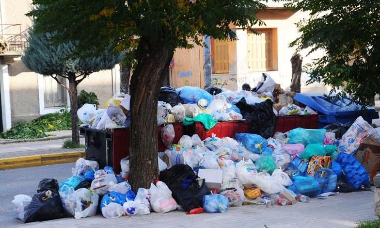 Πως θα προστατευθείτε από τα σκουπίδια στους δρόμους! Επείγουσα εγκύκλιος του υπ.Υγείας