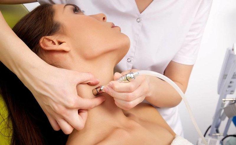 Θηλώματα στο δέρμα: Τι είναι, πώς να τα αντιμετωπίσετε