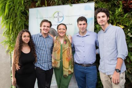 Bayer Hellas: Στο πλευρό εθελοντών νέων για τη στήριξη κοινωφελών οργανώσεων