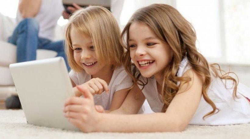 Δείτε πως οι «έξυπνες» συσκευές επηρεάζουν την ανάπτυξη των παιδιών!
