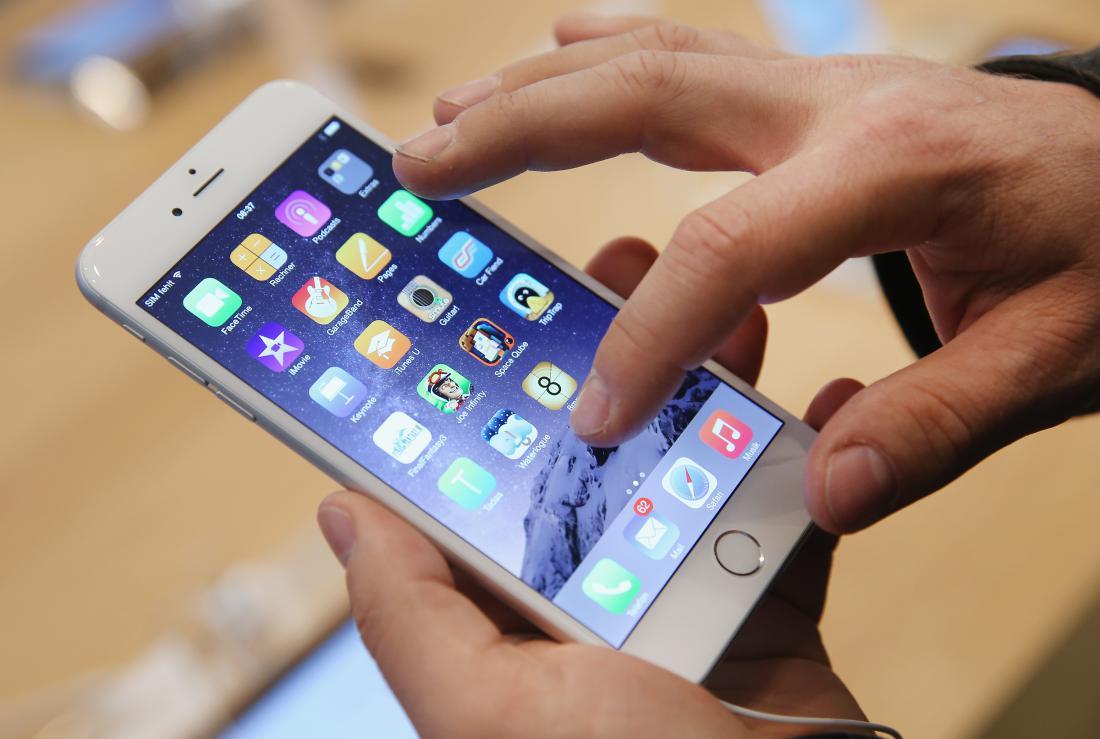 Photo of Παρασκήνια: Πόσο κοστίζουν τα κινητά του υπουργείου Υγείας;