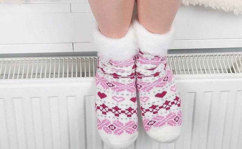 Κρύα πόδια: Πιθανά αίτια και πώς θα την προλάβετε