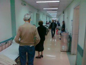 Αναστενάζουν τα νοσοκομεία της Αθήνας
