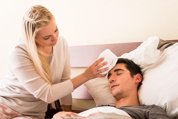 Πυρετός: Πότε να επισκεφτείτε άμεσα τον γιατρό;
