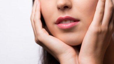 Χείλη που σκάνε: Έξι σπιτικές θεραπείες που πρέπει να δοκιμάσετε