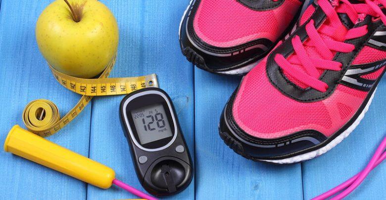 ΕΟΠΥΥ: Οι προδιαγραφές χορήγησης θεραπευτικών υποδημάτων στους πάσχοντες από διαβήτη