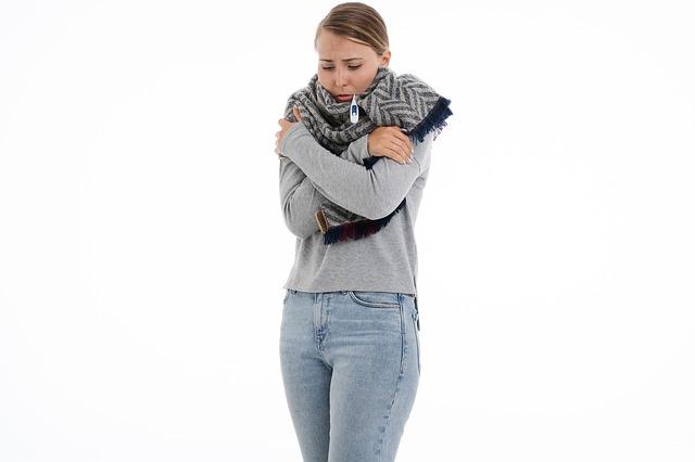 Λοιμώξεις ανώτερου αναπνευστικού: Πώς αντιμετωπίζονται, ποιοι είναι πιο επιρρεπείς;