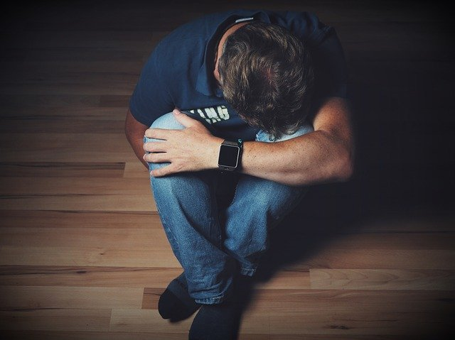 Κατάθλιψη: Γιατί αυξάνονται τα κρούσματα μετά τις γιορτές;