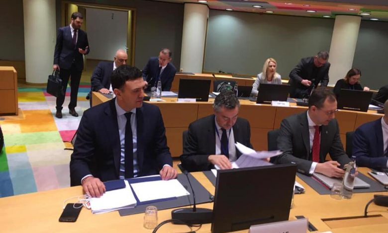 Κοροναϊός! Στις Βρυξέλλες για το έκτακτο συμβούλιο υπουργών Υγείας ο Κικίλιας