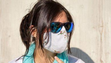 Κορονοϊός: Πότε οι υφασμάτινες μάσκες προστατεύουν όσο οι χειρουργικές