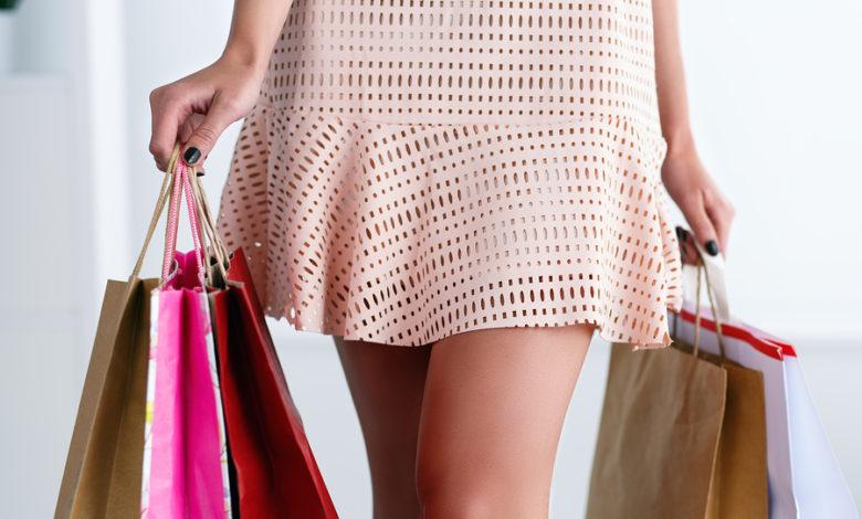 Παπαθανάσης: Αυτά τα καταστήματα ανοίγουν από τη Δευτέρα - Επιστρέφουν 155.962 εργαζόμενοι- Ωράριο και νέοι κανόνες
