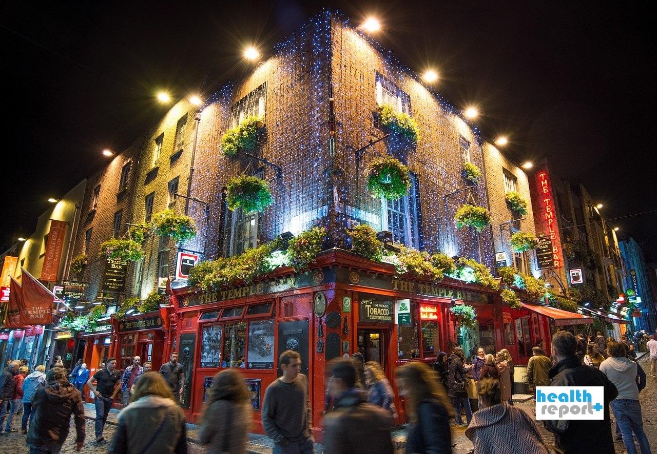 Τσιόδρας: Γιατί μεταδίδεται πιο εύκολα ο κορονοϊός σε μπαρ και νυχτερινά κλαμπ