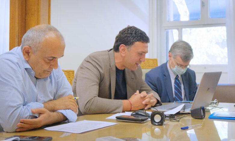Επιτροπή λοιμωξιολόγων: Απαγορεύονται τα πανηγύρια μέχρι το τέλος Ιουλίου- Εντατικοποιούνται οι έλεγχοι στα χερσαία σύνορα