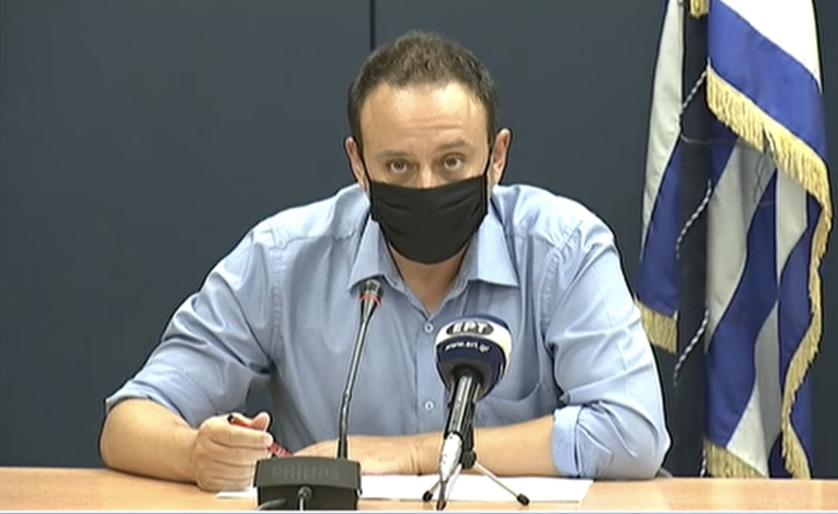 Μαγιορκίνης: Το ίδιο επικίνδυνος ο ιός και στο δεύτερο κύμα – Ανησυχητικά ενεργή η επιδημία στην Ελλάδα