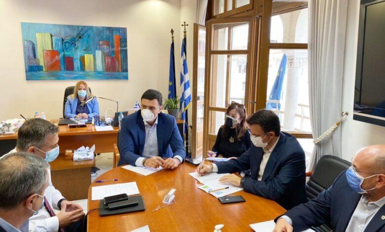Κικίλιας από Θεσσαλονίκη: Με C130 οι ασθενείς με Covid από απομακρυσμένες περιοχές στην Αθήνα
