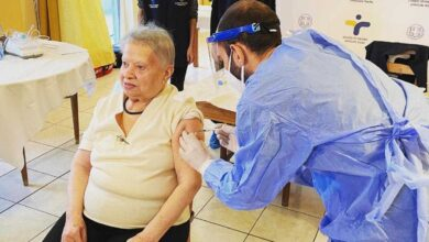 ΕΟΔΥ: Εμβολιασμός στις Μονάδες Φροντίδας Ηλικιωμένων