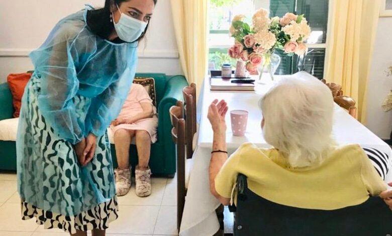 Κορονοϊός – εμβόλιο: 117 χρονών η γηραιότερη γυναίκα που εμβολιάστηκε στην Ελλάδα
