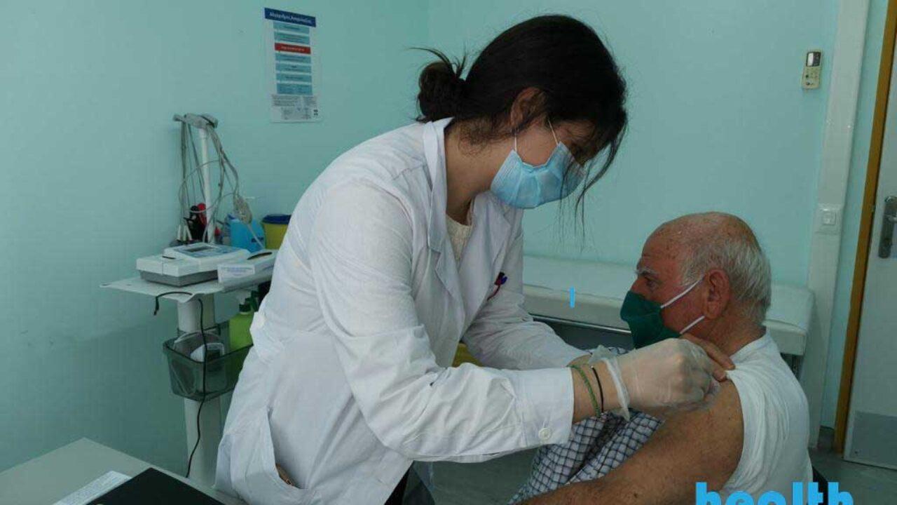Κορονοϊός – εμβόλιο: Ετοιμάζεται ο εμβολιασμός κατ' οίκον για τις 15 Μαΐου – Τι σχεδιάζει η κυβέρνηση