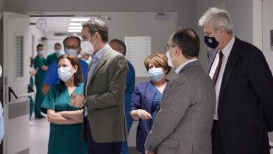 Μητσοτάκης από το νοσοκομείο Σωτηρία: Να κάνουμε όλοι μια τελευταία προσπάθεια
