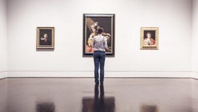 Κορονοϊός: Όταν στα μουσεία κολλάει, αλλά όχι στα κομμωτήρια